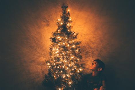 Lights Christmas tree and child