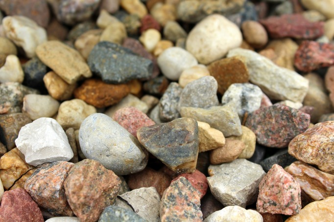 pebbles-3317556_1920