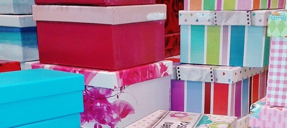 boxes_gift 476357_960_720_pixabay_cropped