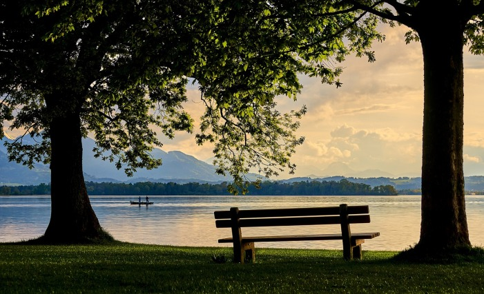 bench water sunset_mood-4269040_1280_pixabay