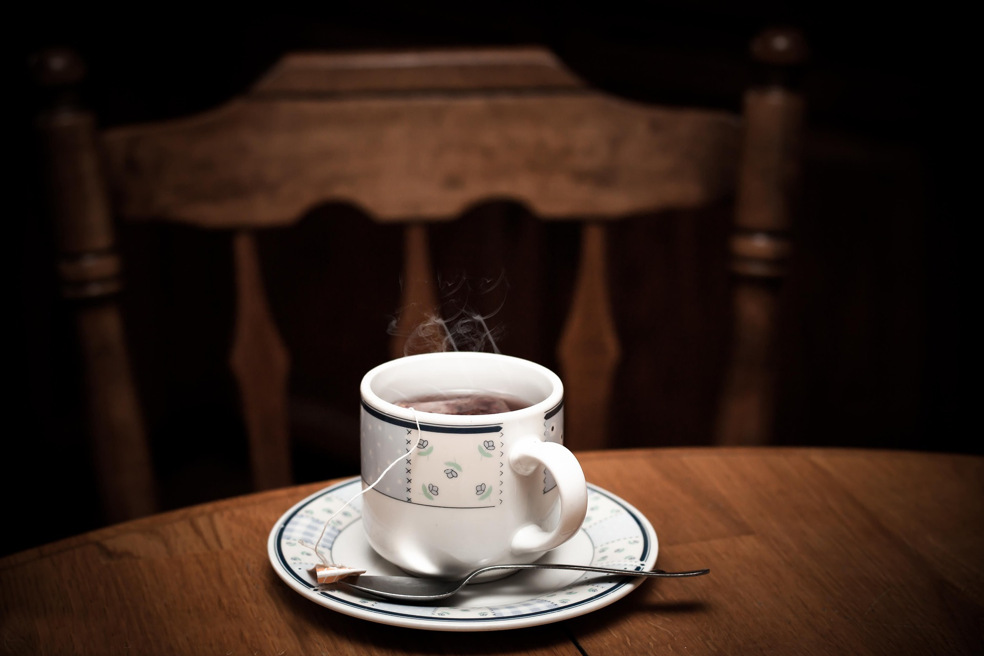 cup of hot tea-1090672_1920_pixabay