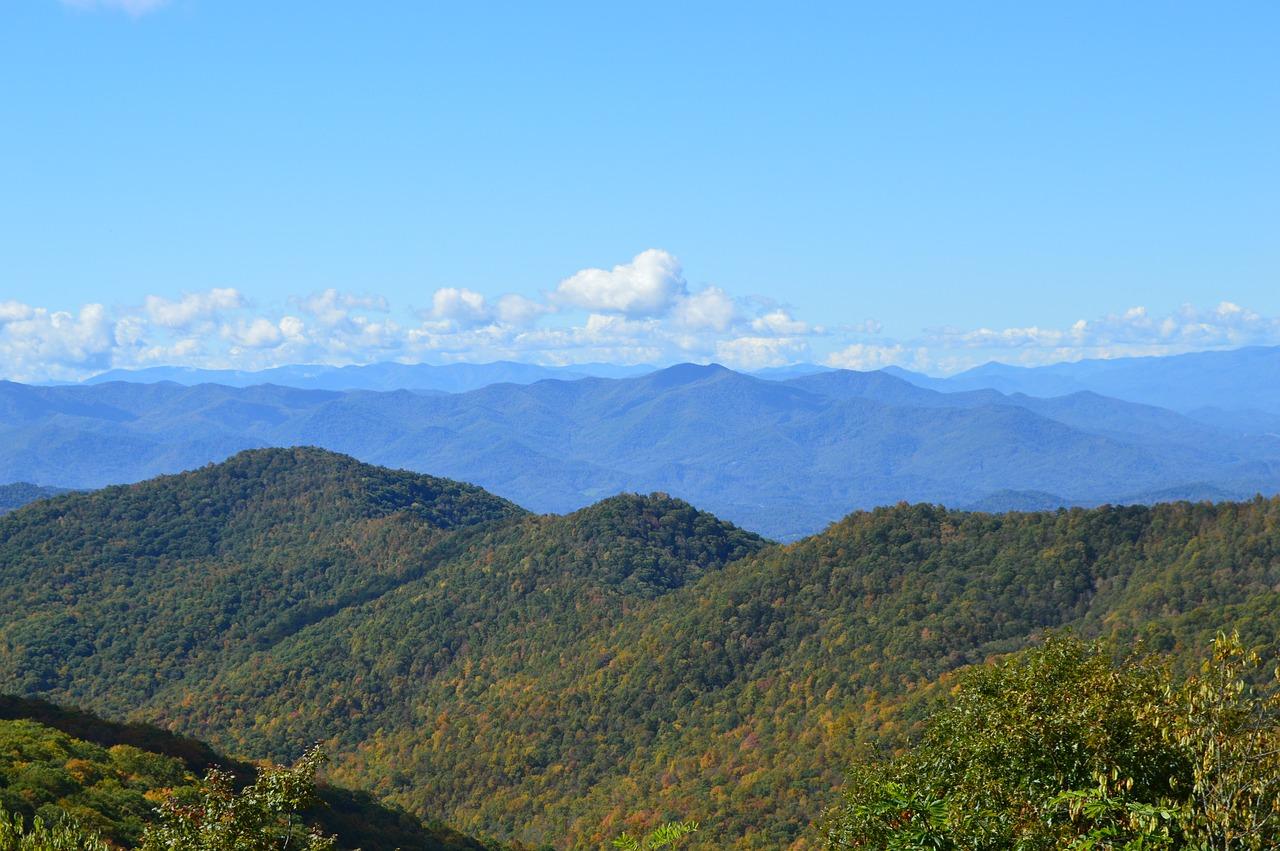 great-smokey-mountains-Mark Schaefer_Pixabay